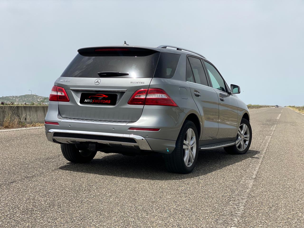 Benz ML 350 CDI Bluetec Look AMG - NRG Motors