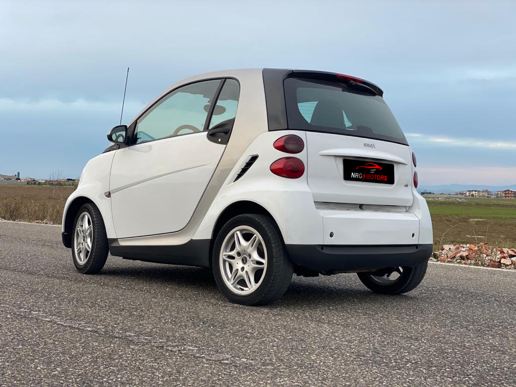 Smart Fortwo for sale. Smart for sale 800cc Diesel, Year 2008, Automatic Transmission. Economic and comfortable car up for 2 persons. - NRG MOTORS