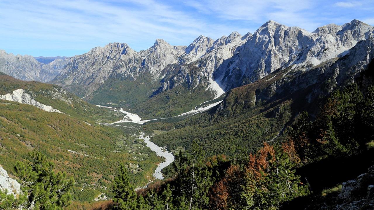 Makina me qera 4x4 Off Road Durres, me NRG Motors eksploroni natyren e Shqiperise, Udhetime Off Road ne Theth, Ersekë, Përmet (Benjë), Kepi i Rodonit, etj.