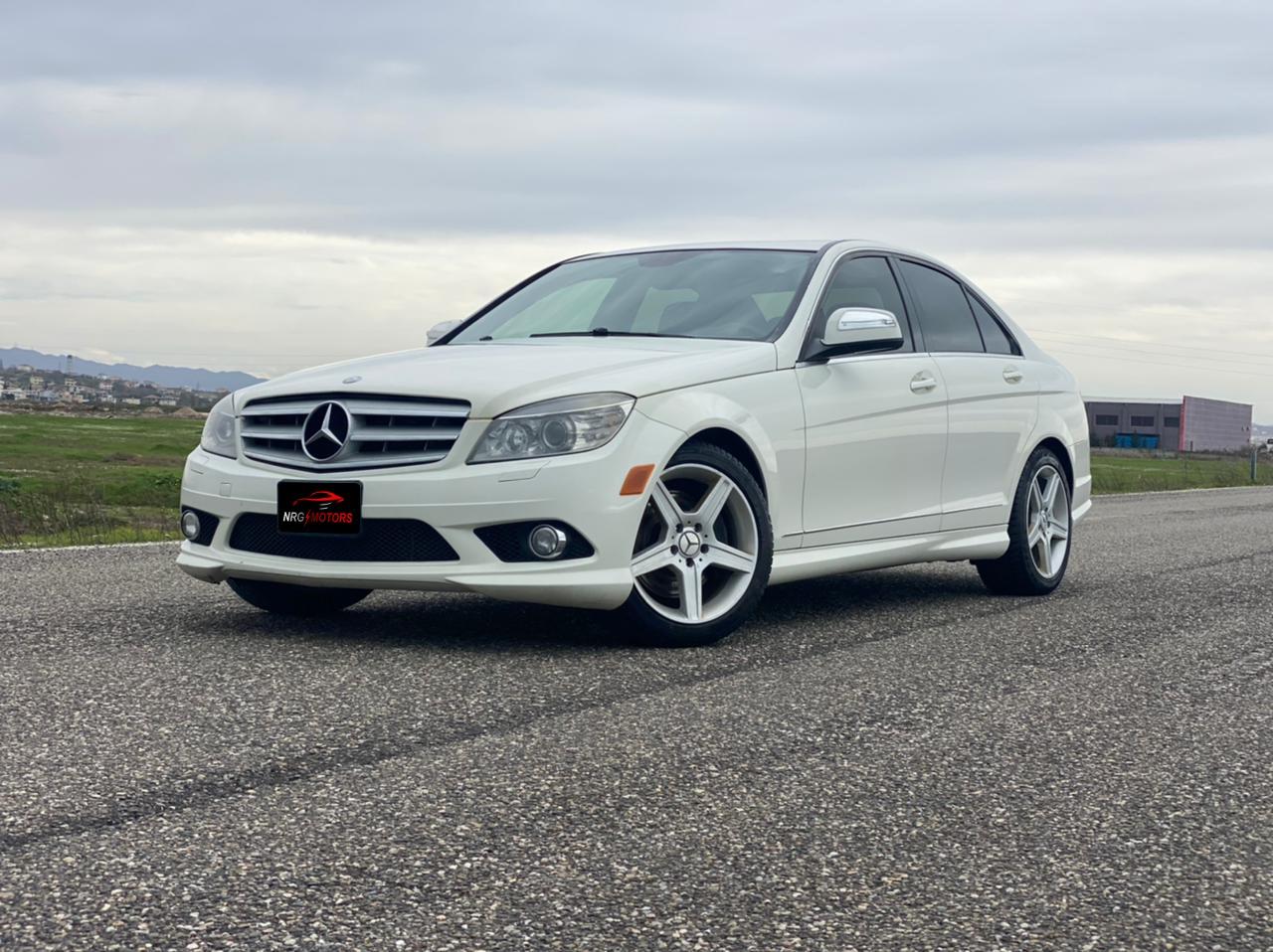 Mercedes Benz C300 ne shitje, Mercedes Benz C300 AMG Line ne shitje C Class, Shitet C300, C Class i bardhe - NRG Motors
